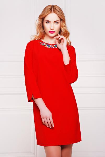 Платье с ярким колье цвет красный  АКИРА