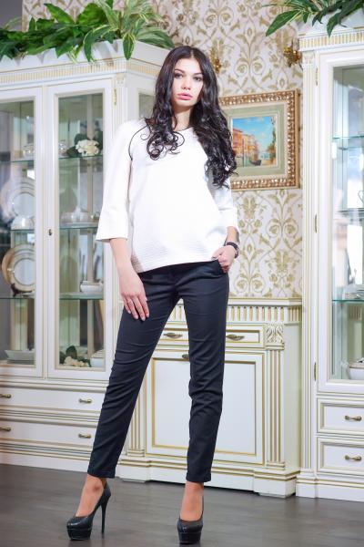 Блуза из стеганного трикотажа цвет белый  МИЛЕНА