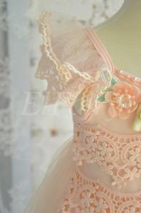Фото Платья нарядные Воздушное платье с аппликацией