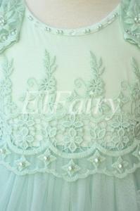 Фото Платья нарядные Воздушное платье с ниспадающими рукавами-крылышками