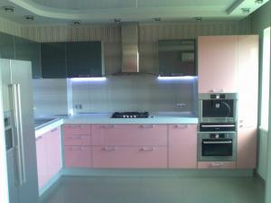 Фото  Кухня hi-tech