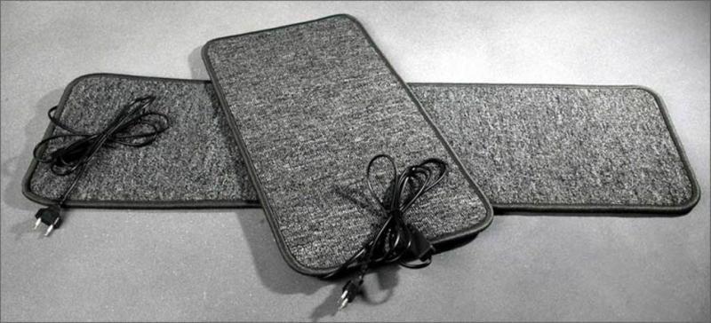 Нагревательный коврик ARak 21035 (для обогрева ног) 60x90 см. мощность 150 Вт.
