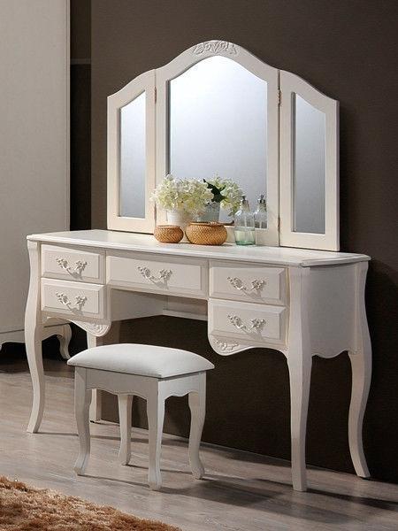 """Будуарный стол, зеркало и пуф """"Богемия"""""""