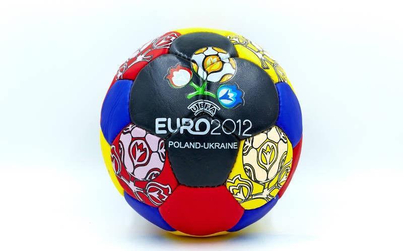 Мяч футбольный Гриппи-5 EURO-2012 (№5, 5 сл., сшит вручную)