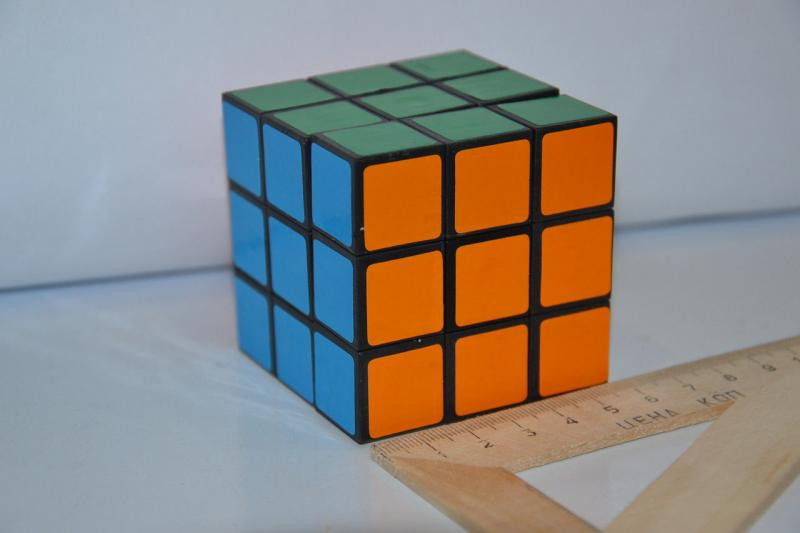 "Кубик-руби .""KUB""3*3.Размер 5.5x5.5"