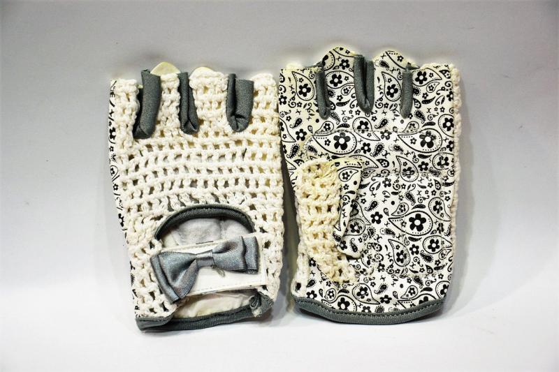 Перчатки женские для велосипедистов. Материал: кожзаменитель, сетка. Размер XS.(Пакистан