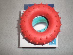 Эспандер кистевой, кольцо с шипами 35 кг.