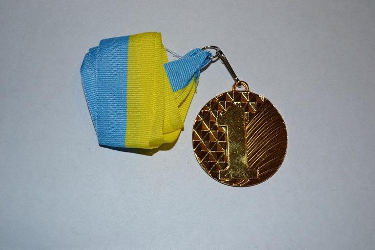 Медаль наградная с лентой, d-5 см(золото) 1 место