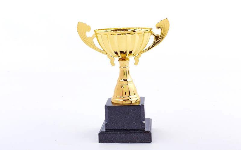 Кубок с ручками h- 18 см золото