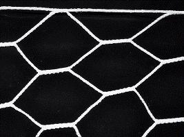 Сетка для футбольных ворот, форма ячейка 6-угольник, размер 6 х 8 см. 104