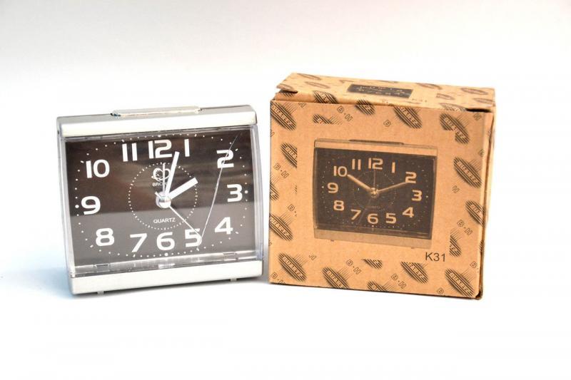 Часы с будильником K31