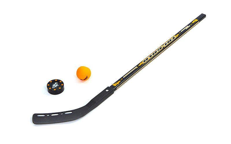 Клюшка, шайба, мяч для игры на льду и на траве