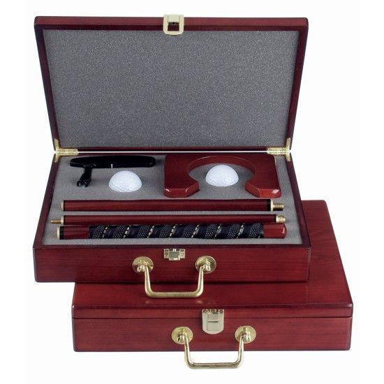 Гольф офисный в деревянном чемодане