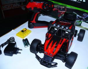 Фото Машины, багги, траги, монстры. Машинка р\у масштаб 1/18 , 333 GS02B красного цвета.