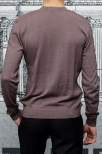 Фото Трикотаж Пуловер мужской с узором коричневого цвета