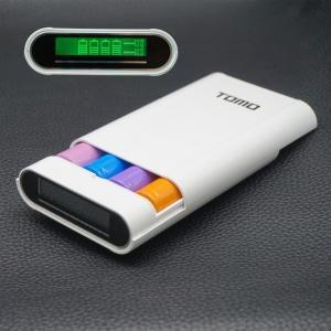 Фото Гаджеты Tomo  Универсальный внешний аккумуляторный банк с индикацией заряда