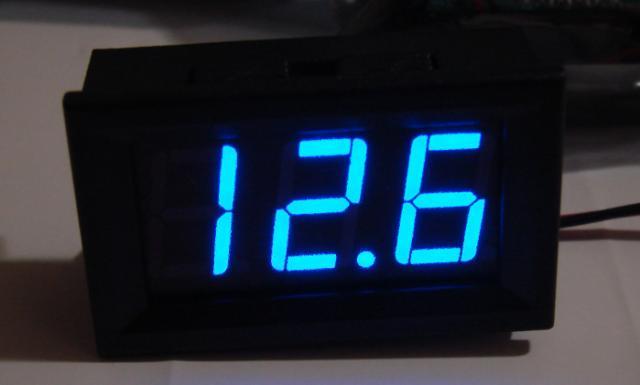 Вольтметр 4,5-30V синий индикатор