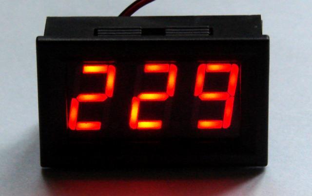 Вольтметр AC 70 - 500V красный