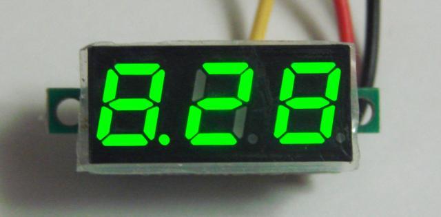 Вольтметр с переменной точкой ( зелёный )