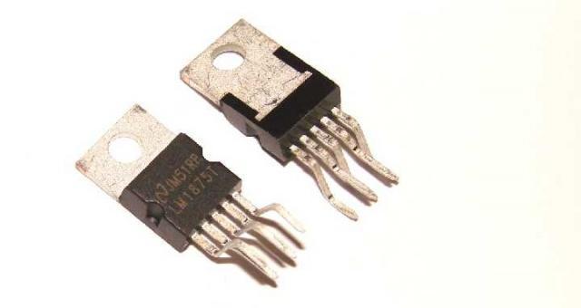 Микросхема LM1875