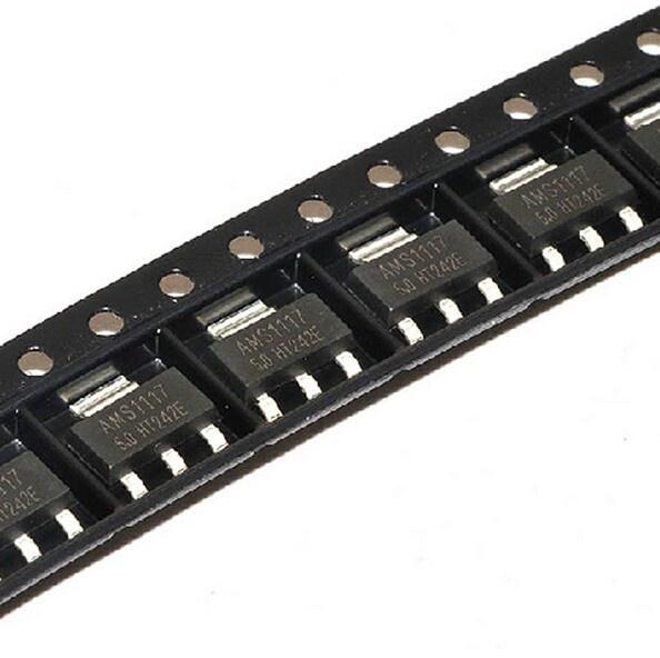 Микросхема стабилизатор AMS1117 5V 1А