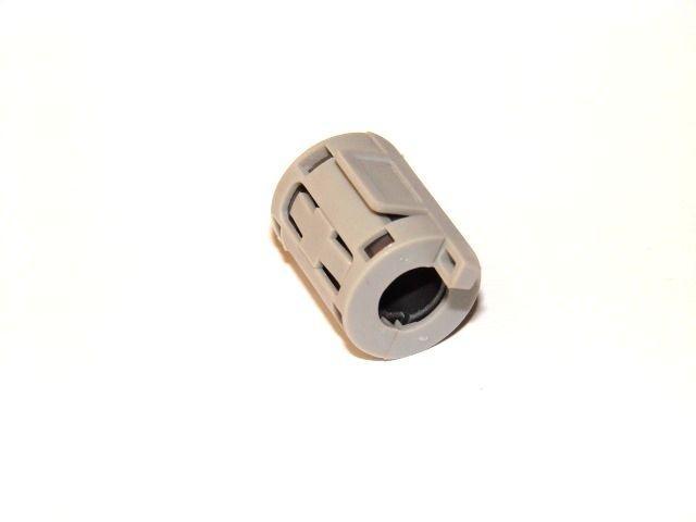 Феррит в корпусе на кабель 7 мм.