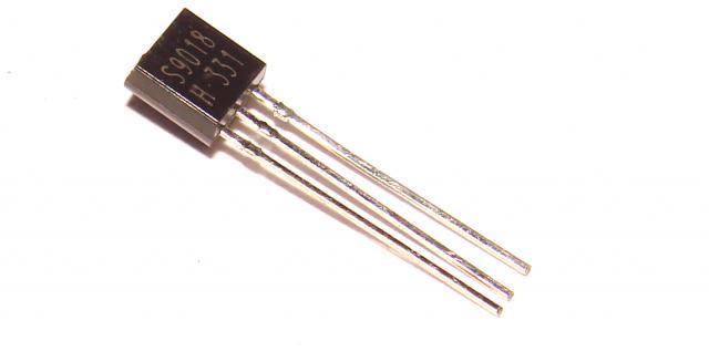 Транзистор S9018