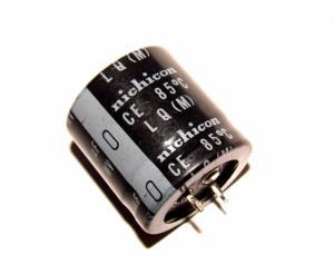 Фото Конденсаторы, Электролитические б/у фирменные Конденсатор электролитический 680 мкФ х 200 В