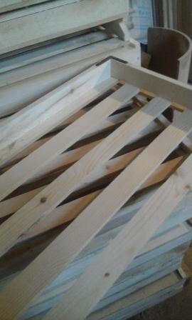 Лоток деревянный трехбортный, хлебный.