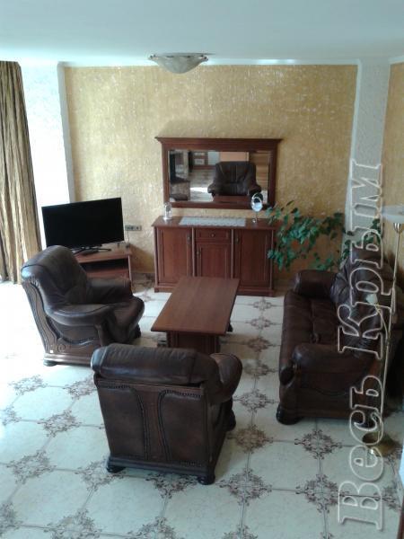 05 Аренда Ялта: 2-х комнатные двухуровневые апартаменты с двумя санузлами Жилье для отдыха в Крыму