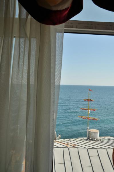 Фото  15 Эллинг 34 отдых на берегу моря в г. Ялта - 6-ти местный