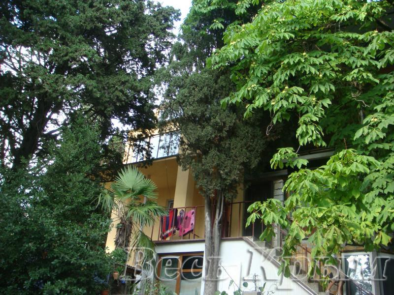 08 2-х комнатные апартаменты 4+2 аренда Ялта Жилье для отдыха в Ялте