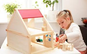 Фото Кукольные домики, Для девочек  Деревянный кукольный дом