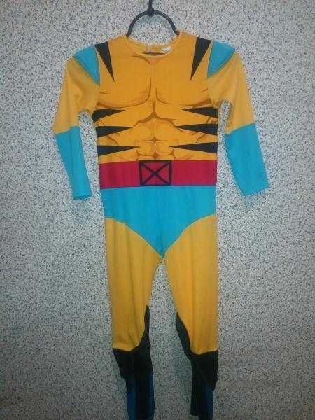 Карнавальный костюм супергерой