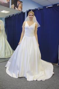 Фото Свадебные платья. Новинки Атлас