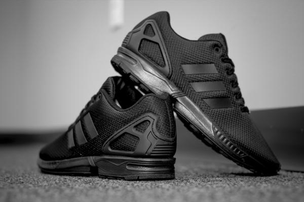 Мужские кроссовки ADIDAS ZX FLUX ALL BLACK