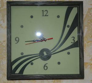 Фото Дизайнерские часы Дизайнерские часы
