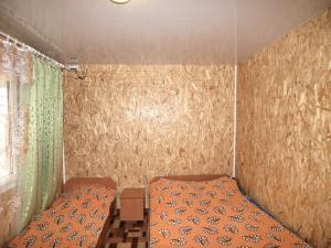 Фото  Номера «Стандарт» 4-х местные в корпусе в отдельно стоящем домике