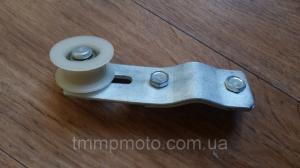 Фото Запчасти для веломотора Ф80 Колесо натяжителя цепи в сборе с кронштейном для веломотора