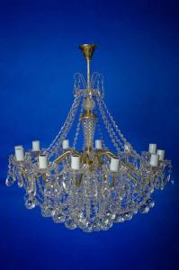 Фото Классические люстры Свечи латунь 12-лам.   Белая