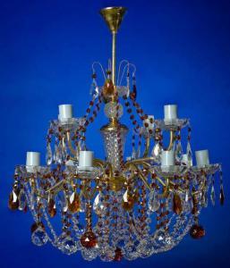 Фото Латунные люстры с хрустальными подвесками Двух-ярусная латунная люстра с хрустальными подвесками, чайная