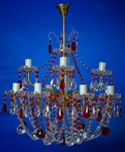 Фото Латунные люстры с хрустальными подвесками Двух-ярусная латунная люстра с хрустальными подвесками, рубиновая