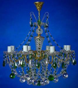 Фото Латунные люстры с хрустальными подвесками Латунная люстра с хрустальными подвесками, зелёная