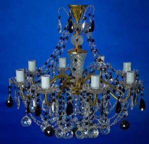Фото Латунные люстры с хрустальными подвесками Латунная люстра с хрустальными подвесками, чёрная