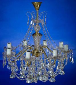 Фото Латунные люстры с хрустальными подвесками Латунная люстра с хрустальными подвесками