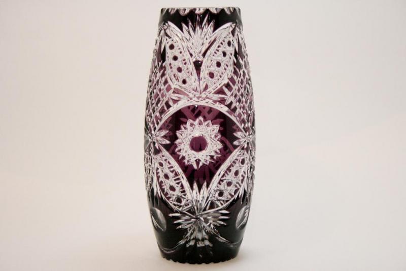 Ваза для цветов из цветного хрусталя фиолетовая