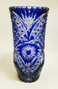 Ваза для цветов из цветного хрусталя синяя