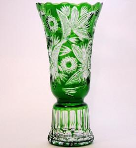 Ваза для цветов из цветного хрусталя зеленая