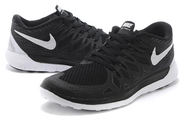 Мужские кроссовки NIKE FREE RUN 5.0 BLACK-WHITE