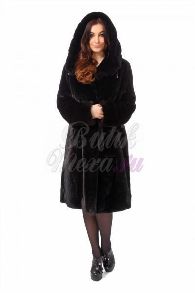 Норковая шуба с капюшоном черного цвета
